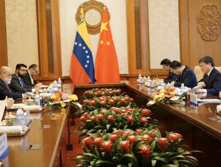 Venezuela y China revisan Asociación Estratégica Integral para afianzar relaciones bilaterales
