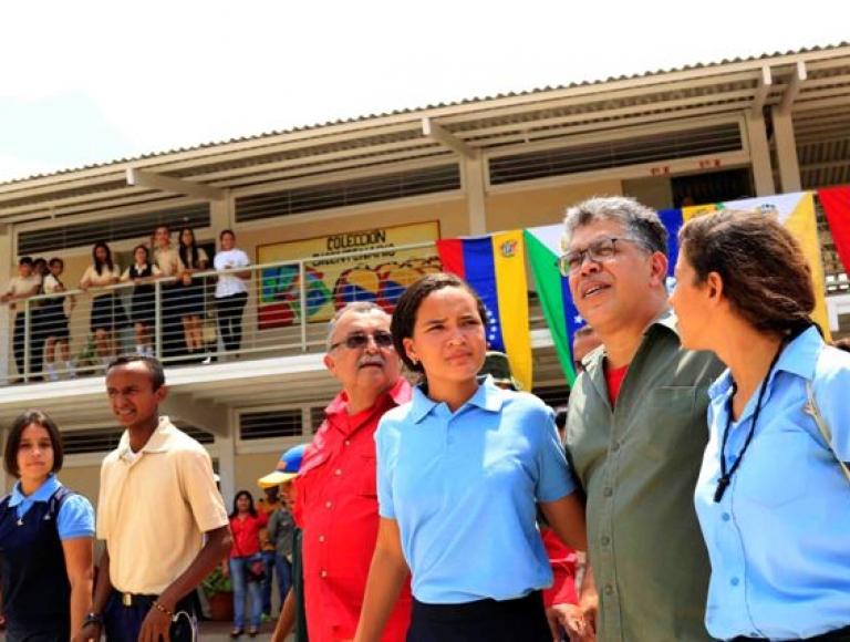 """MPPE inauguró primera etapa del Liceo Bolivariano """"Ignacia Rodríguez Mayol"""" en Apure"""